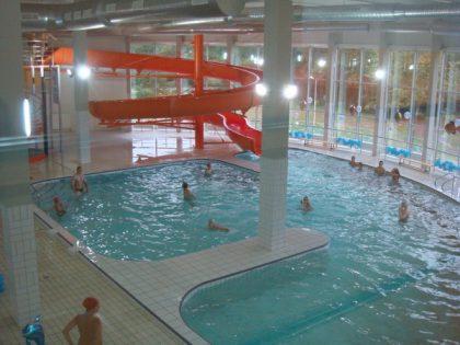 """Sporto sveikatingumo ir baseinų kompleksas """"Družba"""""""