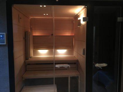 KLAFS LOUNGE saunos įrengimas vonios kambaryje