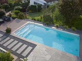 riviera-pool-style-series-swimming-pool